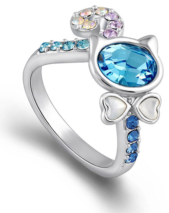 Blue Swarovski Crystals Cat Ring