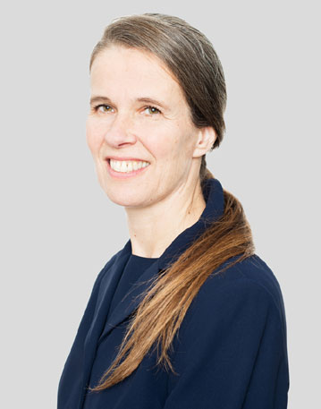 Interview with Dr. Alexandra van der Woerdt, DVM - board certified by both the American and European Colleges of Veterinary Ophthalmologists.
